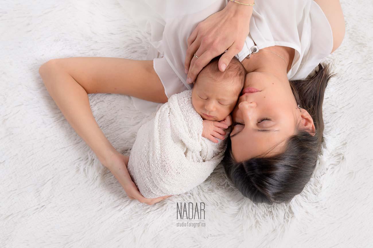 Famoso servizi fotografici neonati, fotografo neonati torino | NADAR NY08